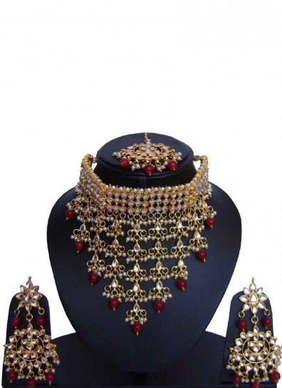 Maroon Fancy Alloy Metal Necklace Set