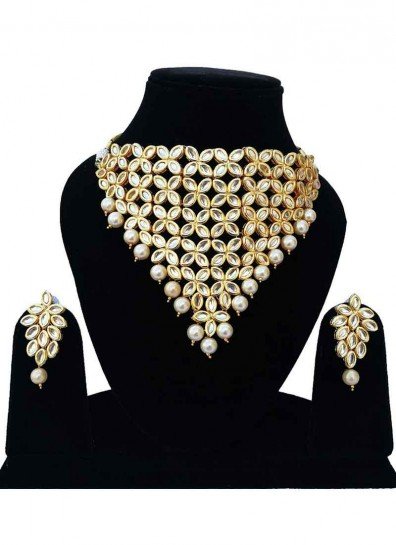 Gold Cream Alloy Metal Necklace Set