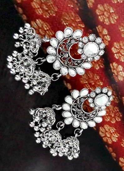 Silver Alloy Earing