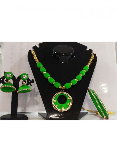 green silk thread thread jewelry